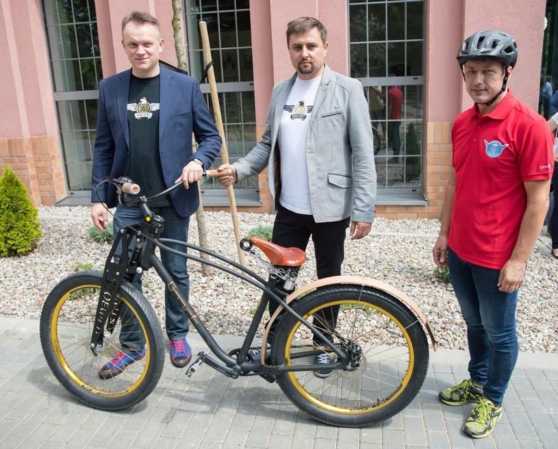 Od lewej: Slawomir Winiarski, Adam Mrozicki, Wojciech Kadrzynski /Robert Stachnik /East News