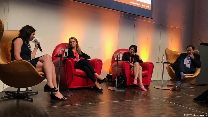 Od lewej: Żanna Niemcowa, Ewelina Karpińska-Morek, Natalia Antelava, Frank Hofman /Deutsche Welle