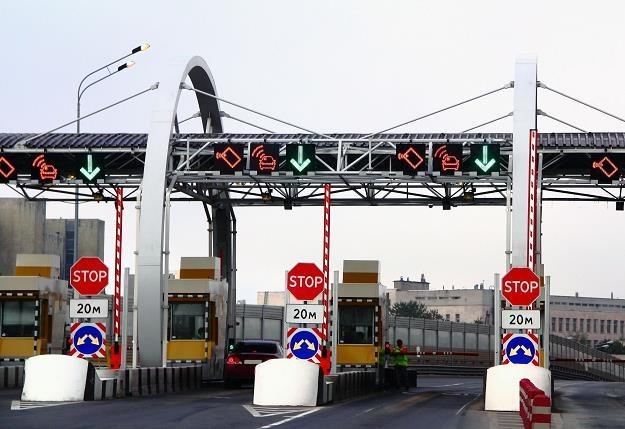 Od listopada nowy system poboru opłat na drogach? /©123RF/PICSEL