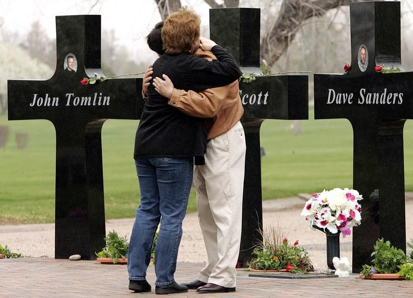 Od masakry w Columbine High School mija 19 lat /ED ANDRIESKI  /East News