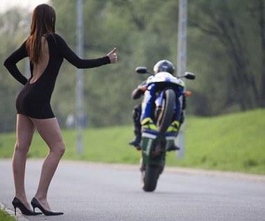 Od motocykla  trzymaj się z daleka!