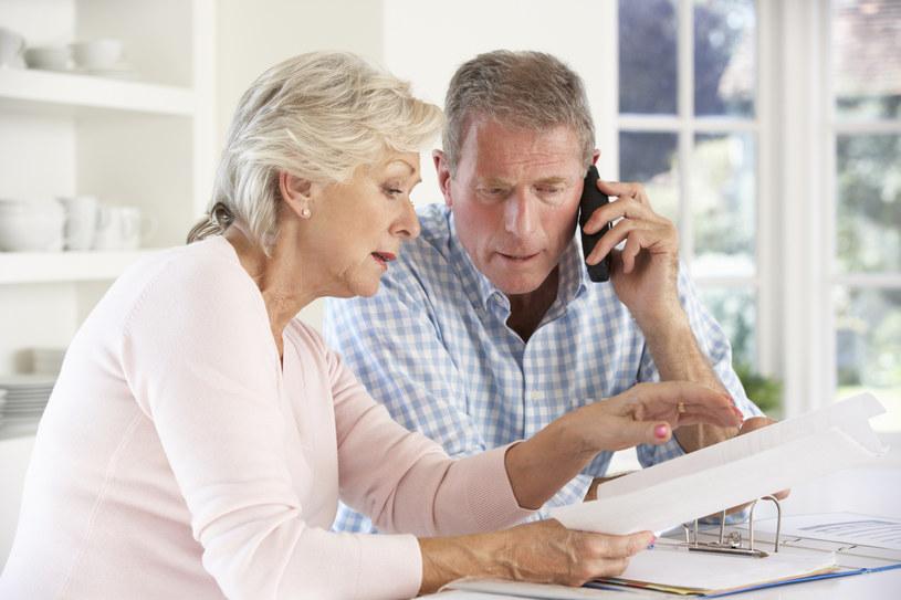 Od października obowiązuje nowy ustawowy wiek emerytalny: 60 lat dla pań, 65 lat dla panów /123RF/PICSEL