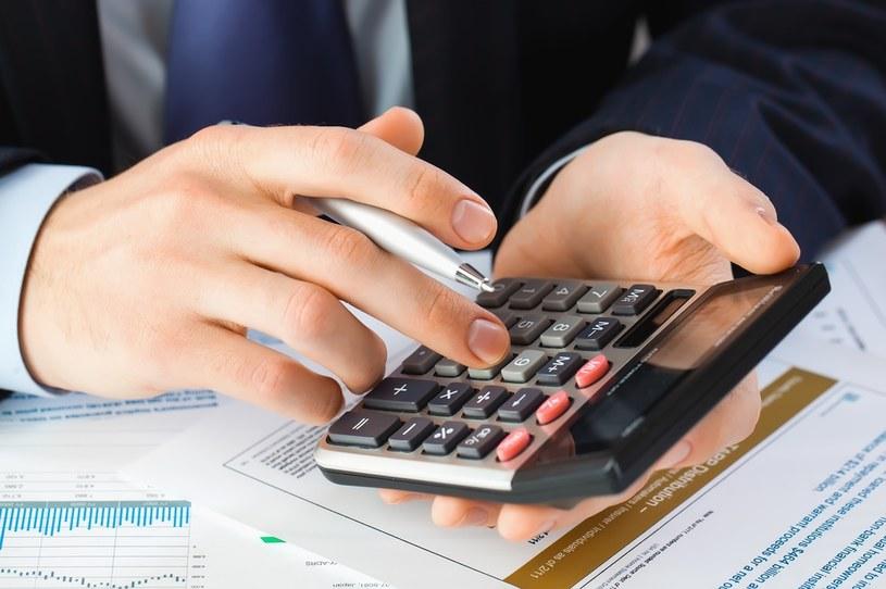Od października ważne zmiany w podatku VAT - tzw. pakiet SLIM VAT 2 /123RF/PICSEL