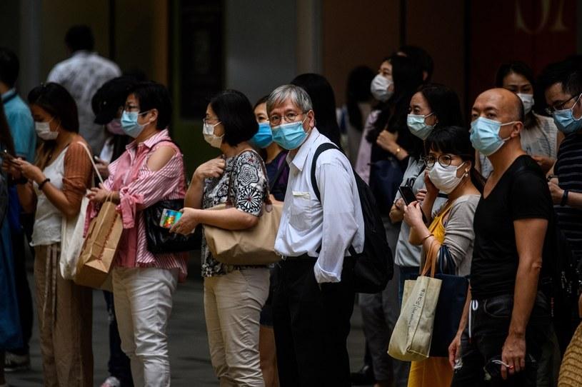 Od początku pandemii w Chinach kontynentalnych odnotowano łącznie 83 622 zachorowania /ANTHONY WALLACE/AFP /AFP