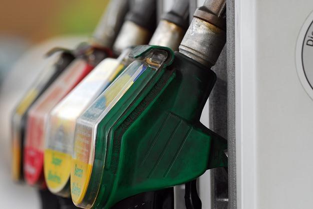 Od początku roku paliwa drożeją w zastraszającym tempie i końca podwyżek nie widać /© Panthermedia