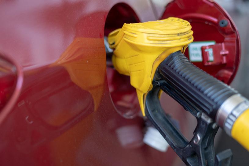 Od początku tego roku ceny paliw wzrosły średnio już o kilkanaście groszy /123RF/PICSEL