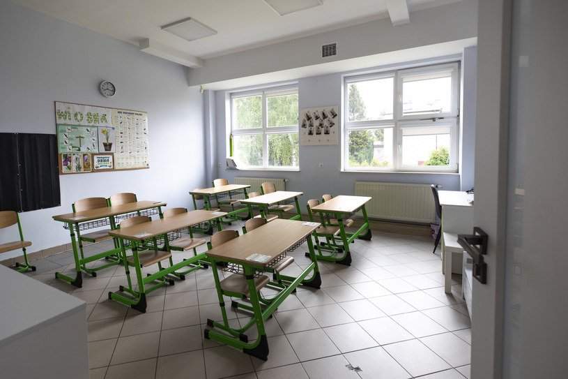 Od początku września dzieci i młodzież wracają do szkół /Grzegorz Bukała /Reporter