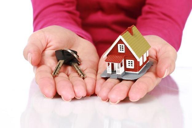 Od ponad 3 lat nieruchomości stale tanieją, a mimo to kupujących jest bardzo mało /©123RF/PICSEL