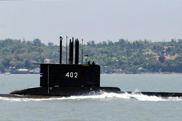 Od ponad doby trwają poszukiwania indonezyjskiego okrętu podwodnego /INDONESIAN NAVY / HANDOUT /PAP/EPA