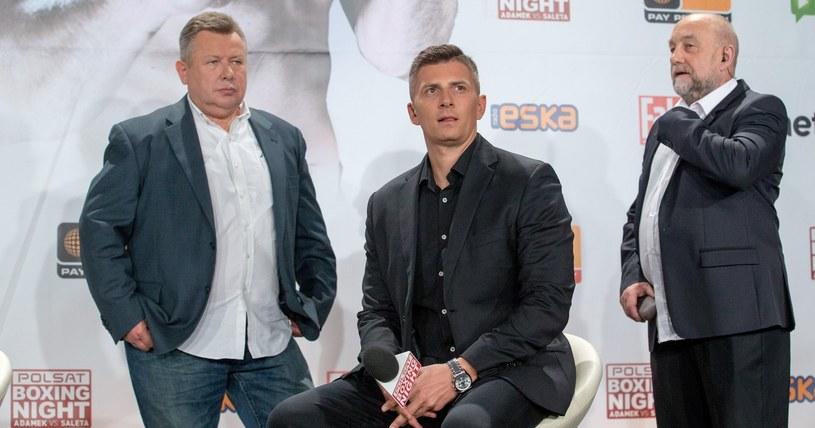 Od prawej: Andrzej Gmitruk, Mateusz Borek i Janusz Pindera /Andrzej Iwańczuk/Reporter /East News