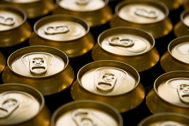 Od przyszłego roku ceny nawet najtańszych gatunków piwa w puszce mogą wzrosnąć o 10 proc. /© Panthermedia