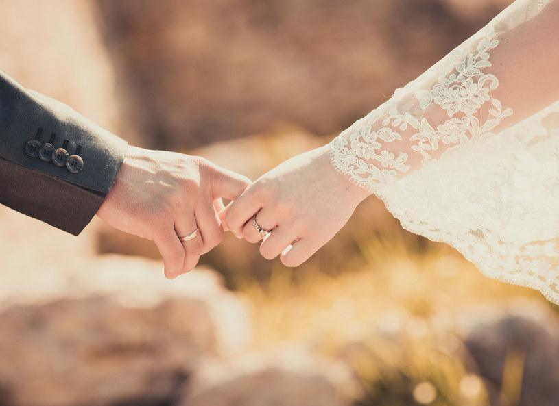 Od ślubu minęło wiele lat... Może czas coś zmienić? /123RF/PICSEL