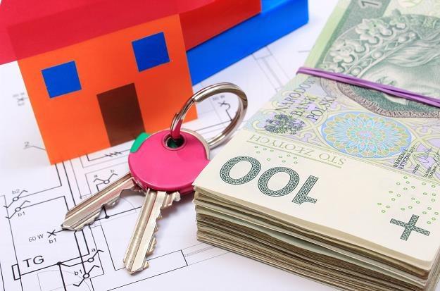 Od soboty 22 lipca zaczyna obowiązywać ustawa o kredycie hipotecznym /©123RF/PICSEL