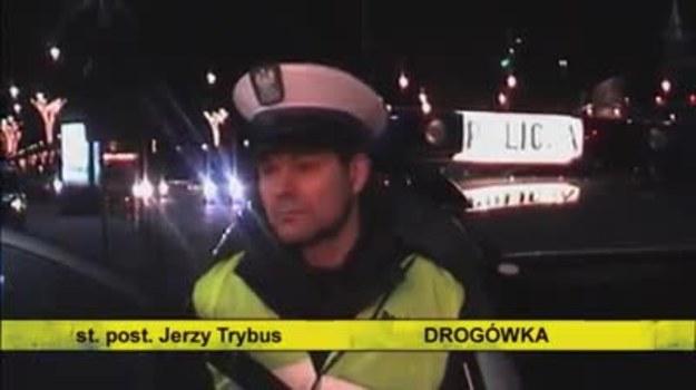 Od środy policja zatrzymała 393 kierowców pod wpływem alkoholu.