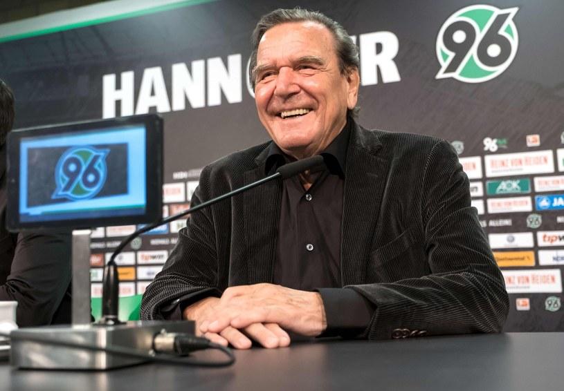 Od stycznia w Hannoverze rządzi były kanclerz Niemiec, Gerhard Schroeder /AFP