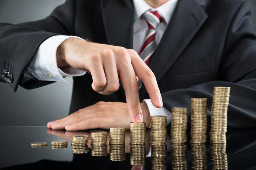 Od wielu lat branża finansowa jest jedną z najlepiej wynagradzanych w Polsce /©123RF/PICSEL