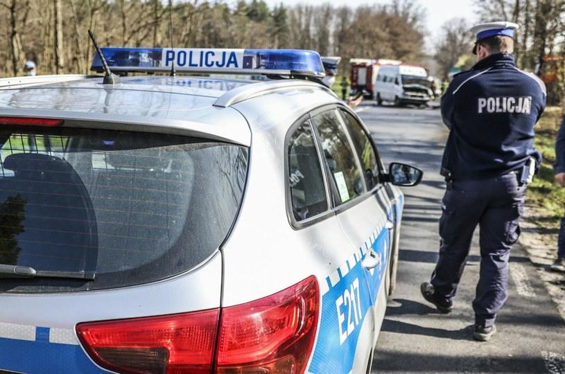 Odbieranie prawa jazdy za wypadek ze skutkiem śmiertelnym pod wpływem alkoholu niezgodne z konstytucją? /PIOTR JEDZURA/REPORTER /Agencja SE/East News
