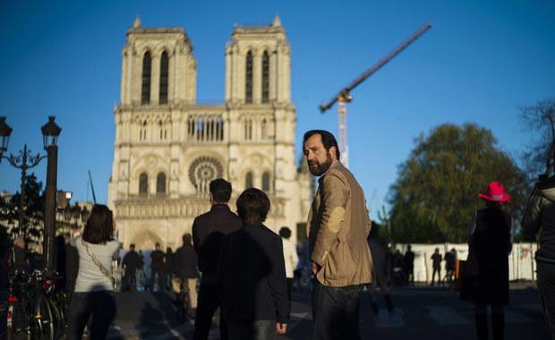 """Odbudowa Notre Dame """"ruszy stopniowo"""" od poniedziałku"""