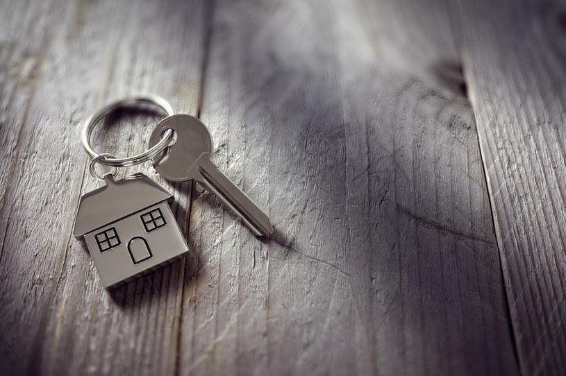 Odbudowuje się rynek najmu mieszkań /123RF/PICSEL