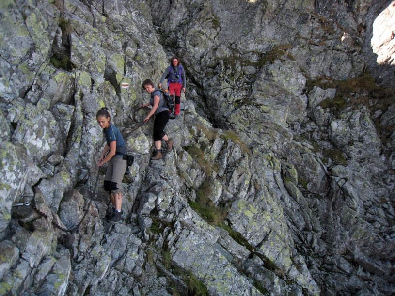 Odcinek pomiędzy Zawratem a Kozim Wierchem /AGNIESZKA LUCZAKOWSKA/REPORTER source /East News