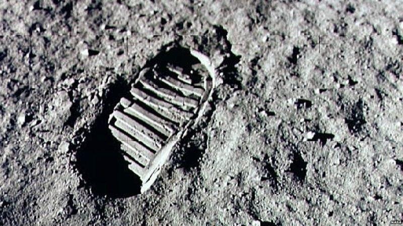 Odciski stóp astronautów są na Księżycu do dziś /NASA