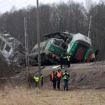 Odczytano zapis rejestratorów z pociągów, które zderzyły się pod Szczekocinami