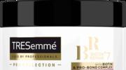 Oddaj się chwili relaksu i podaruj swoim włosom intensywną regenerację z maską TRESemmé Biotin+ Repair 7!