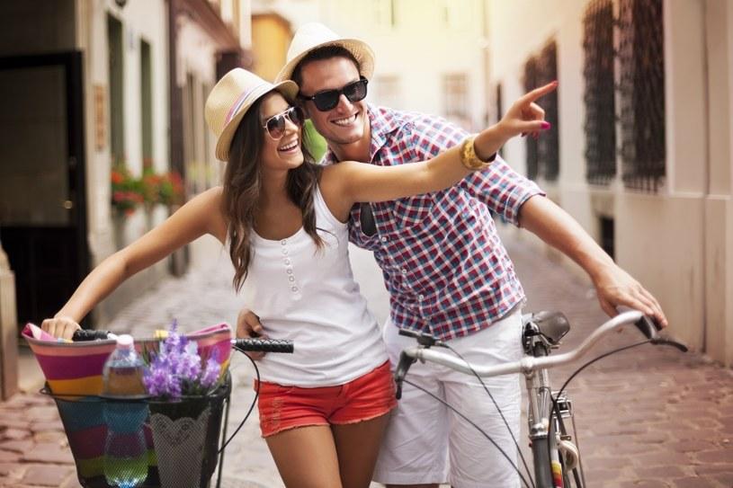 Oddzielaj miłość od przyjaźni /©123RF/PICSEL