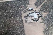 Odizolowane obozowisko i głodujące dzieci. Policja odnalazła szczątki małego chłopca