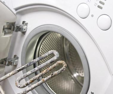 Odkamienianie octem czajnika, pralki i żelazka: Jak przeprowadzić?
