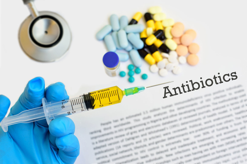 Odkrycie antybiotyków uważa się za jeden z najbardziej przełomowych momentów w historii medycyny i biologii. /123RF/PICSEL