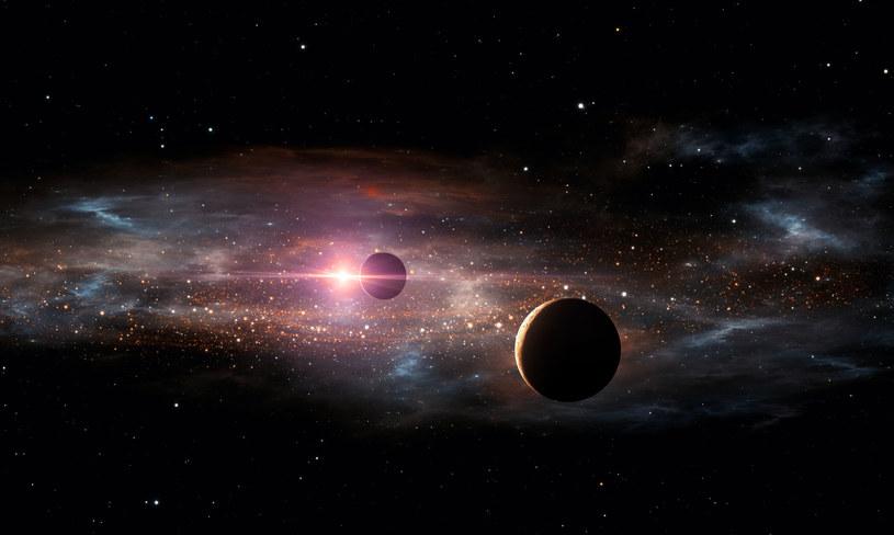 Odkryto pięć kolejnych układów gwiezdnych, wokół których mogą krążyć planety zdolne do podtrzymania życia /123RF/PICSEL