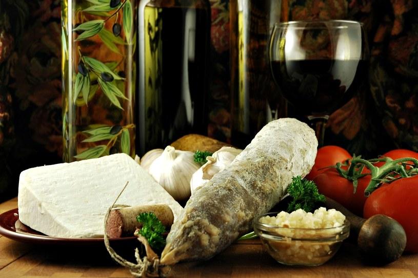 Odkrywając aromaty w winie często wracamy do wspomnień /123RF/PICSEL
