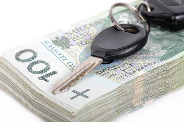Odliczenie przy nabyciu samochodów wzrośnie z 6 tys. zł do 8 tys. zł /©123RF/PICSEL