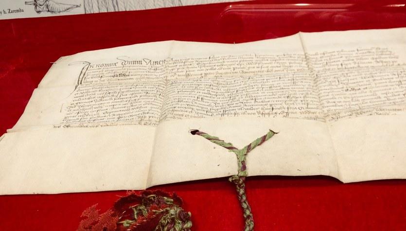 Odnaleziono zaginiony 100 lat temu przywilej renowacyjny dla Łodzi z 1433 r.