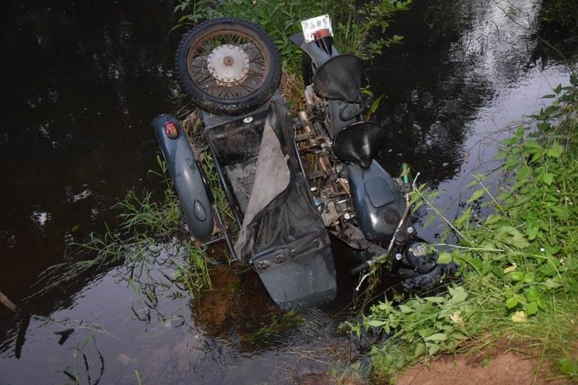 Odnaleziony w rzece motocykl Dniepr MT-10 /Policja