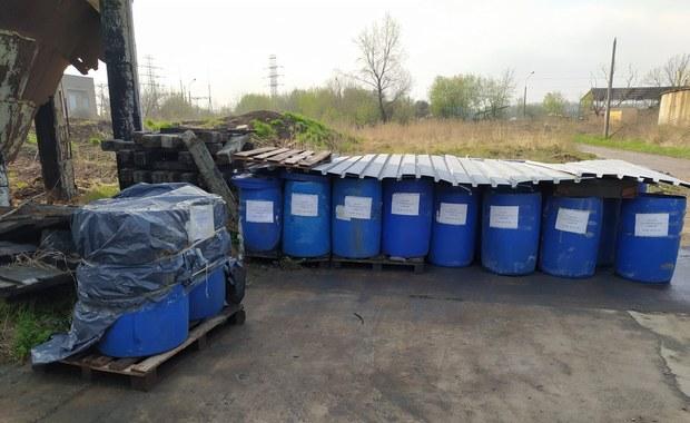 """Odpady """"pod oknami"""" WIOŚ. Próbki pobierane prawie tydzień po zgłoszeniu"""