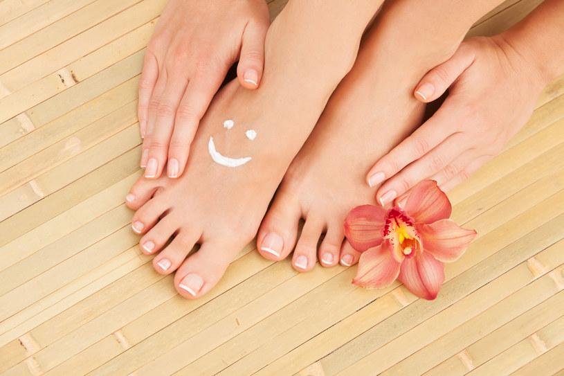Odpowiednia pielęgnacja stóp i dłoni jest bardzo istotna. Zadbane ciało zawsze robi dobre wrażenie /123RF/PICSEL