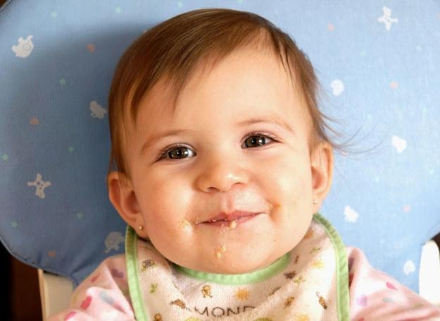 Odpowiednio zbilansowana dieta jest ważna dla rozowju dziecka /123RF/PICSEL