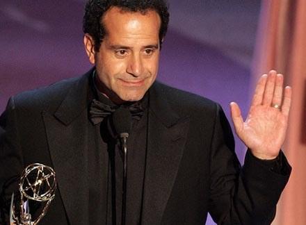Odtwórca tytułowej roli - Tony Shalhoub - po ośmiu latach żegan się z widzami /AFP