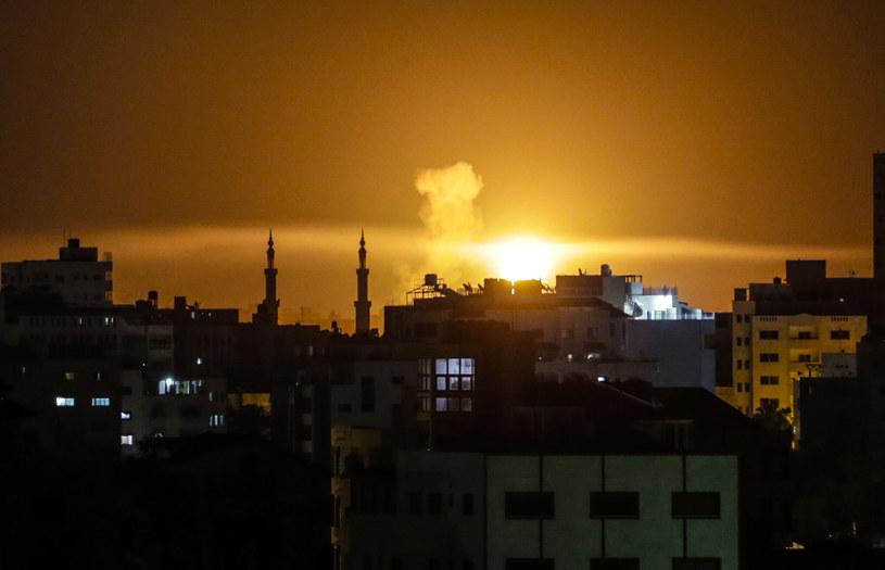Odwetowy atak lotnictwa izraelskiego na Strefę Gazy /MAHMUD HAMS /AFP