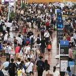 Odwołano kilkaset lotów. Tajfun w Japonii