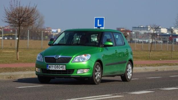 Odzyskanie prawa jazdy po przekroczeniu limitu punktów zawsze wymaga zdania egzaminu. /Motor