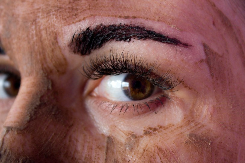 Odżywcza orzechowa maseczka oczyści twarz z toksyn i złagodzi podrażnienia /123RF/PICSEL