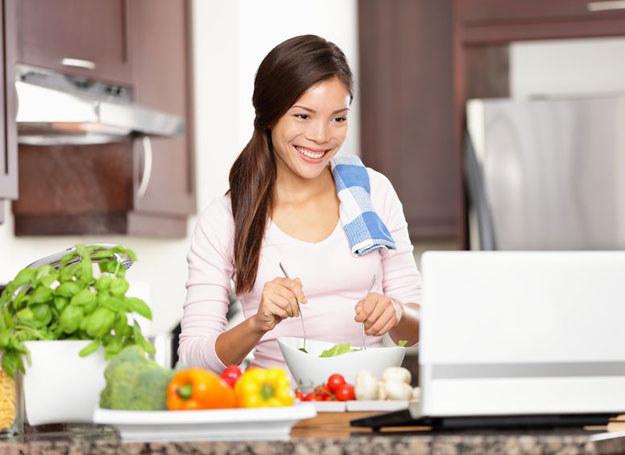 Odżywczy sok może zastąpić lub uzupełnić dietetyczny posiłek! /123RF/PICSEL