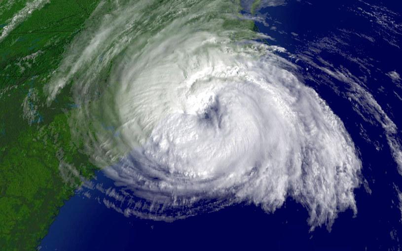 Ofelia jest szóstym potężny huraganem w trwającym sezonie huraganowym na Oceanie Atlantyckim /NOAA    /AFP