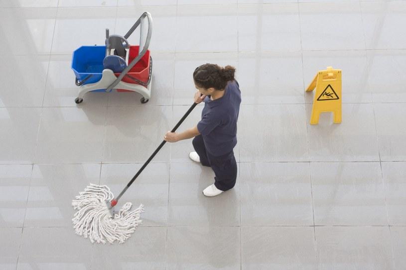Ofertami prac sezonowych dysponują agencje pracy, rejonowe urzędy pracy, a także sami pracodawcy /123RF/PICSEL