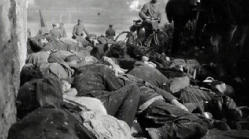 Ofiary niemieckich kul w Dinant. Niemcy strzelali do kobiet, dzieci i starców /INTERIA.PL/materiały prasowe