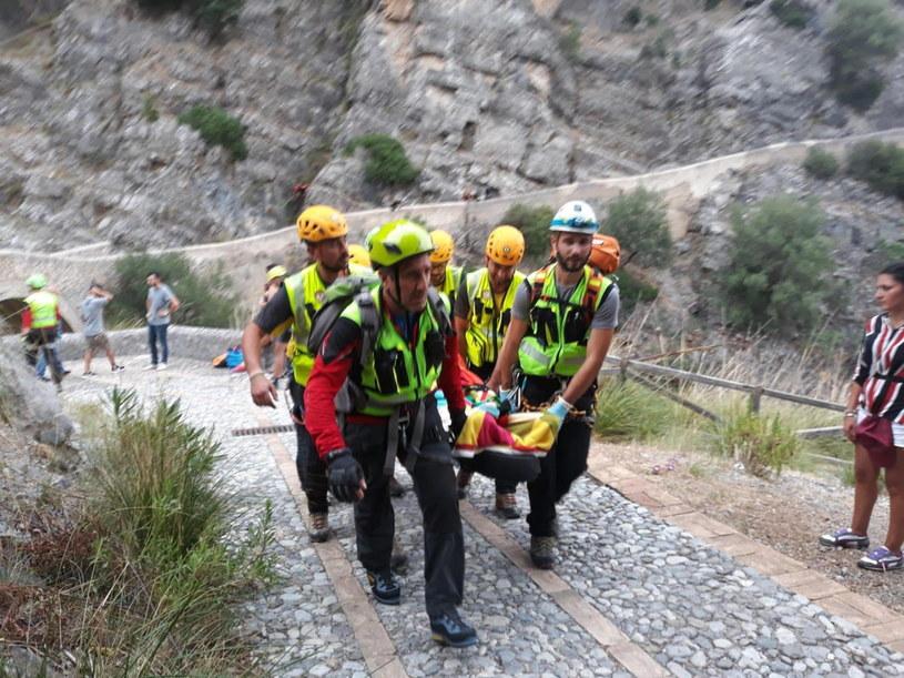 Ofiary śmiertelne to uczestnicy wycieczki nad strumień Raganello w rejonie miejscowości Civita na terenie wąwozów i kanionów /ANTONIO IANNICELLI /PAP/EPA