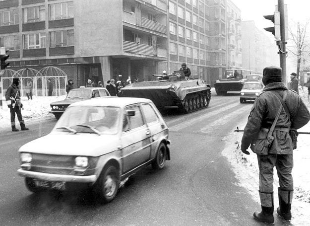 Oficjalnie nie zwalniano żołnierzy zawodowych za poglądy. Czekano, aż się potkną /Polska Zbrojna